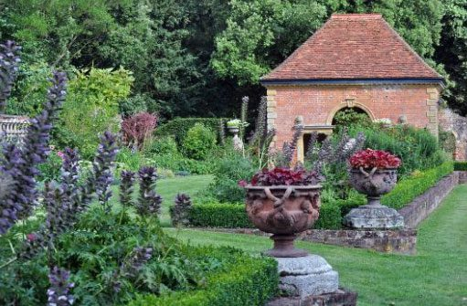 Gardens of Easton Lodge Private Gardens at Warwick House
