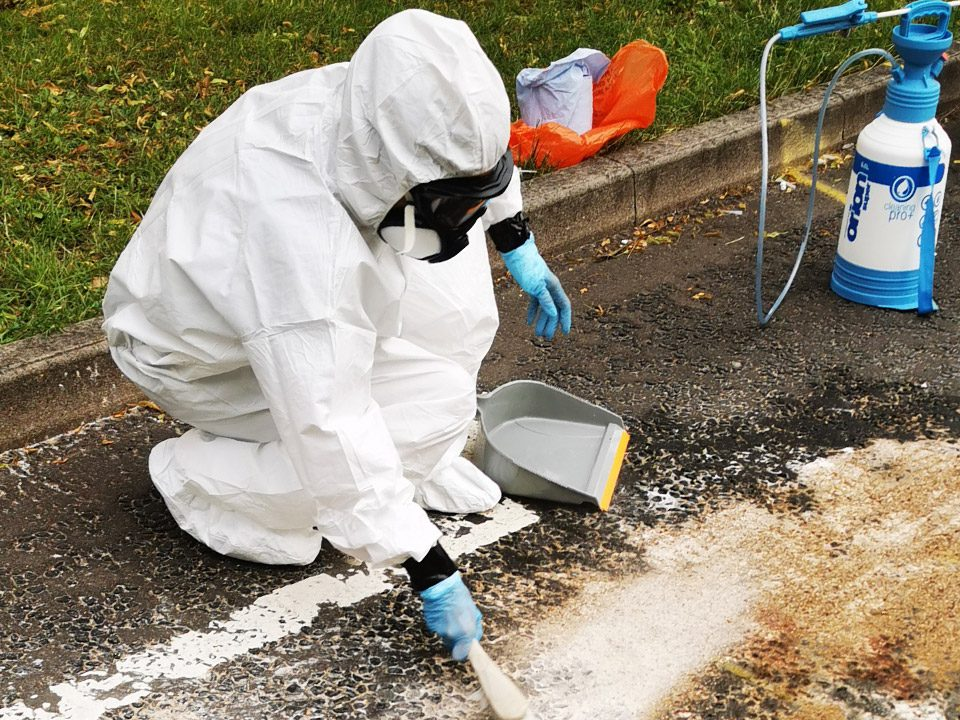 Road traffic accidents specialist cleaning